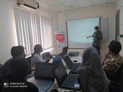 Pembicara Internet Marketing di Manado